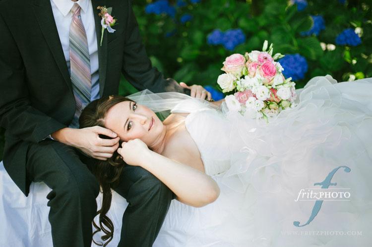 Portland oregon wedding photographers