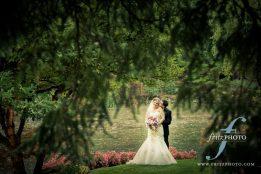 Lakeside Gardens wedding photographer Portland