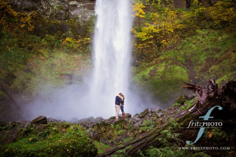 Proposal photography Wahclella Falls