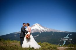 Portrait of bride and groom on Mt Hood at a SkiBowl wedding