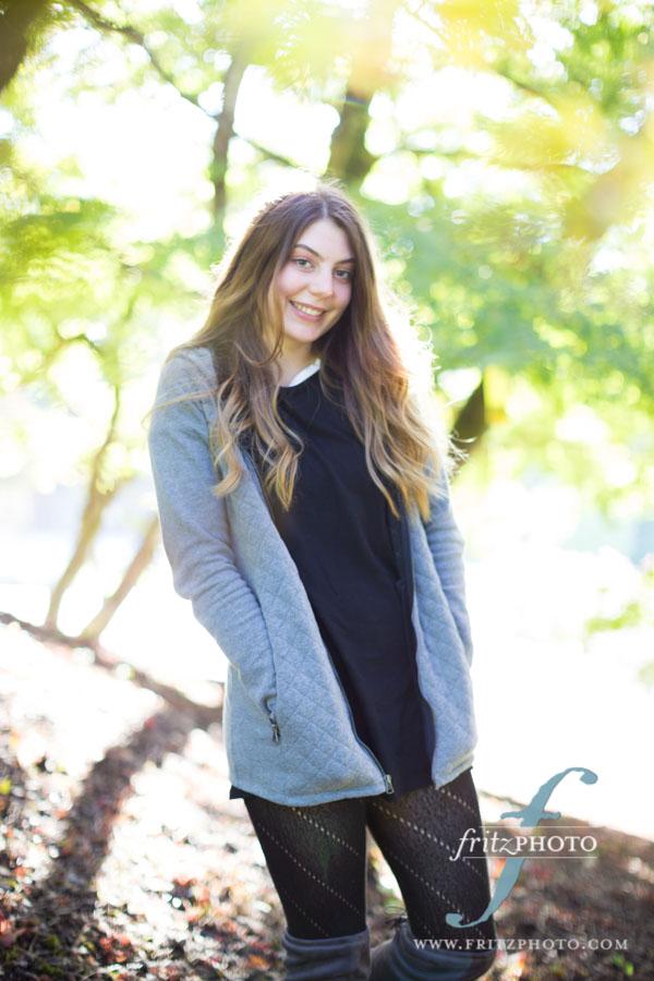 smiling girl in senior photos in Beaverton